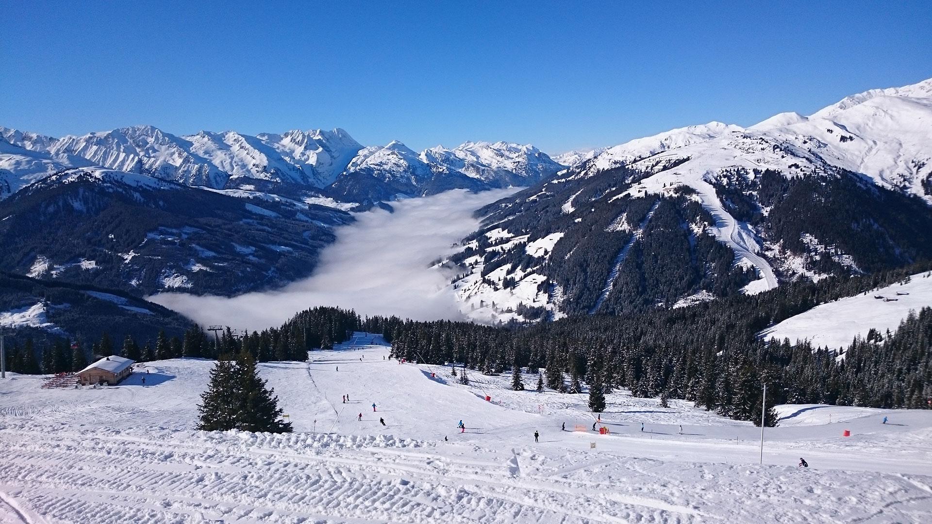 Talblick von der Skihütte Fussalm